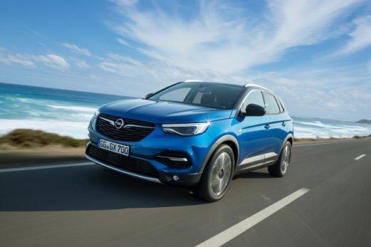 0daa6d3aea7b2c9069bda877fc48e356 520x347 - В Санкт-Петербурге открылся первый автосалон Opel
