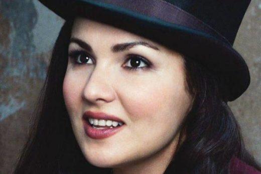 172802ac4ebd1336ff46b780fe0b1a10 520x347 - Анне Нетребко неудобно, что билет на ее концерт стоит 300.000 рублей
