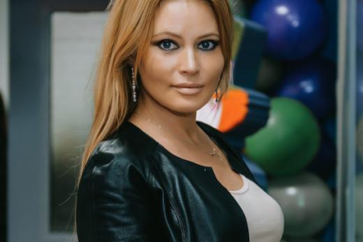18ab4f34b1a25108ad7330a2761d3944 520x347 - Для обустройства квартиры Дана Борисова купила  за шторы за 300 тысяч