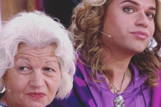 45186f19fc1137e86f12cb6f0afe4be0 520x347 - Жена Гогена Солнцева показала свое лицо после пластической операции.