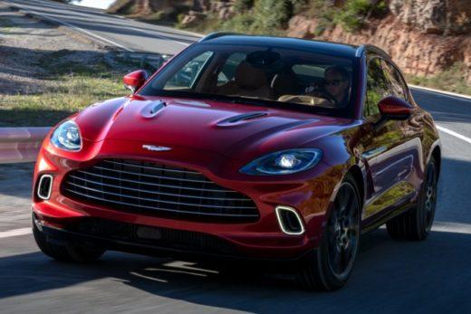 5d87579c2c8db2ce5428af610e75650e 520x347 - Объявлены российские цены на внедорожник Aston Martin DBX