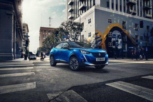 8d2facd27a4ea6a451ff57c0b3d814ca 520x347 - Новый Peugeot 2008 появится в России весной 2020 года