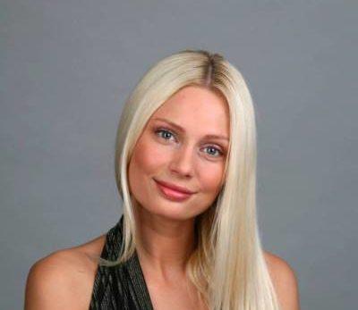 b310659a1ca44cdd245b141329e35744 400x347 - Наталья Рудова - биография, новости, фото.