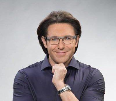 c8656118f91b0b2f2e17270d97be8b00 400x347 - Андрей Малахов - биография, новости, фото.