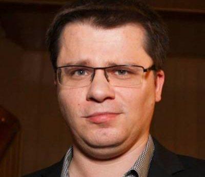 d7cde1df47bdbc55a42cf9d1ba425b2d 400x347 - Гарик Харламов - биография, новости, фото.