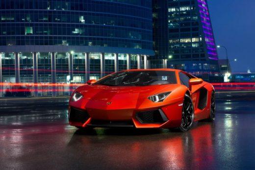 005cbf15a2e9a6bb65e08e31462188da 520x347 - Lamborghini в 2017 году установил рекорд продаж в России