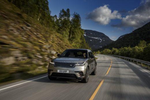 11423a74e92ecb9b290271d2ccb4f6a5 520x347 - Новый Range Rover Velar стартует на российском рынке