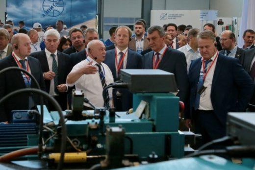 1ecd6c44d56f1a17715ee4041bcf0a6d 520x347 - КАМАЗ перейдет на топливные системы отечественного производства
