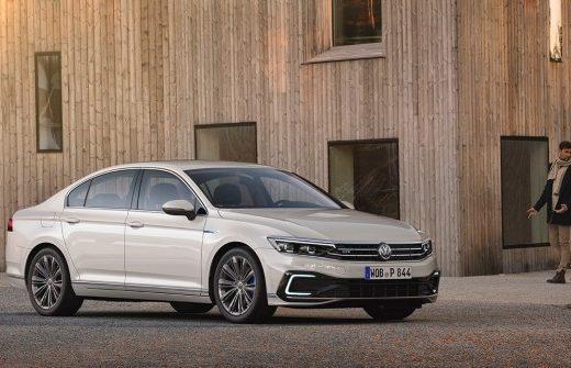 2e9108ec3074c832b32907b3abd1c40a 520x335 - Стали известны подробности об обновленном Volkswagen Passat для России