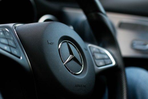 303ef289f424a18cc6963c06e2b823e0 520x347 - Mercedes-Benz отзывает в России около 1,3 тысячи автомобилей