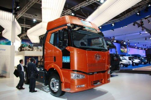 414729df6ee7f593c410bfb41eae35ac 520x347 - FAW увеличивает долю среди китайских производителей грузовиков в России