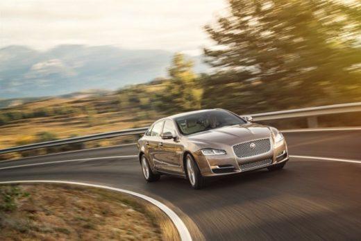 430975aeb84d8d76836f3287dee23e27 520x347 - Jaguar завершает производство флагманского седана XJ