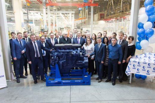 4666316bff2c4e886dacdefde1882079 520x347 - КАМАЗ запустил новый конвейер по производству двигателей Р6