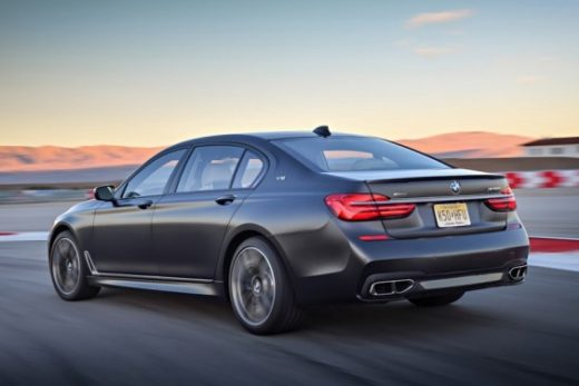 498b8ed086826f1057508cbced1e106a 520x347 - BMW отзывает в США самую мощную версию 7 Серии