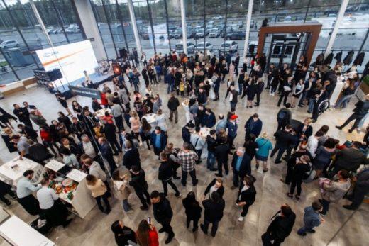 518421d0cba57d75715cb03b51a118b5 520x347 - «ТрансТехСервис» открыл новый дилерский центр LADA в Йошкар-Оле