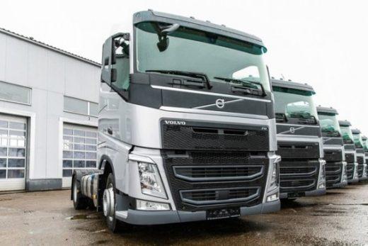 544ed916cedf4f60996fc2f049841598 520x347 - Volvo поставила 20 седельных тягачей Volvo FH для компании «БЛГ Логистик СПб»