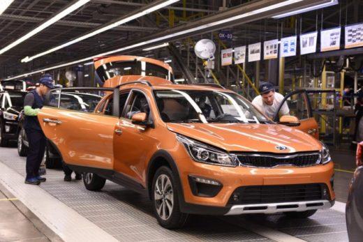 5586badf05a9c0811c8b37272cc48dc5 520x347 - Выпуск легковых машин в октябре вырос на 36,5%