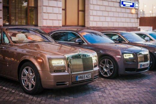 5790b72e42447e139a34683f59d5bbe7 520x347 - Российские продажи Rolls-Royce сократились на 23%