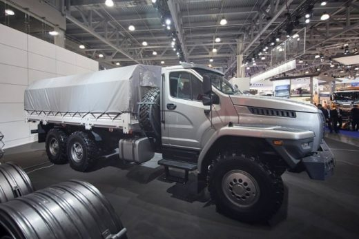 57f81b903b5933d0193d43f23a136e7b 520x347 - «Группа ГАЗ» разработала автомобиль «Урал Next» с правым рулем