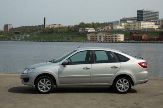 5ce657fc5cb6e67f5db5b6e1c7922d1d 520x347 - Автомобили В-класса снова самые популярные в России