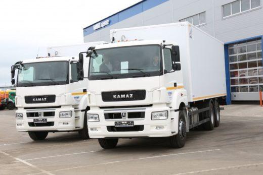 5dce33bec81e4d184e9997f48e57640f 520x347 - КАМАЗ передал партию автомобилей для холдинга «Essen»