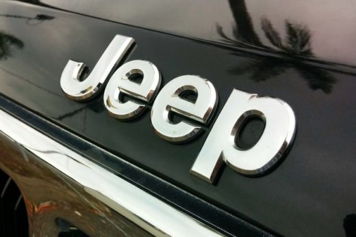 5ea78c277611168fb3309cc7e0668ad6 520x347 - В России подорожали автомобили Jeep