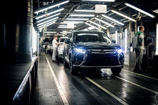 6087cce5673bfa28ec04fcf4531935dc 520x347 - В России выпущен 100-тысячный автомобиль Mitsubishi