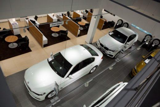 60be6e99aaa03b02e9caa15abf004919 520x347 - Продажи BMW в России в 1 полугодии увеличились на 17%