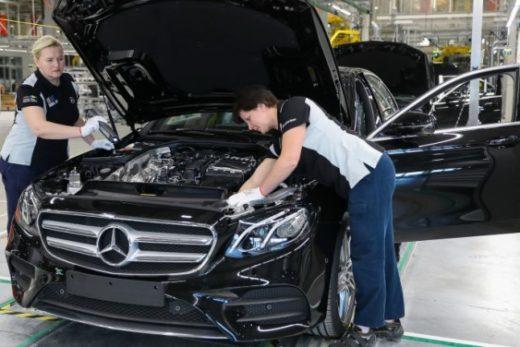 628656de29e03e50782df8ad3b99e279 520x347 - Российский завод Mercedes-Benz в сентябре перейдет на двухсменный режим работы