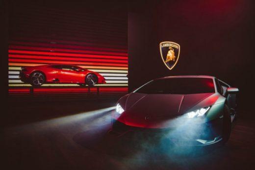 63897084422e218eca706a666b9f78e3 520x347 - Объявлены цены на новый Lamborghini Huracan Evo в России