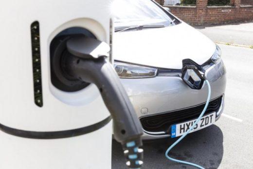 63e70bd867dc40221ad5174416fa4f3f 520x347 - В Европе числится более 1 млн электрокаров
