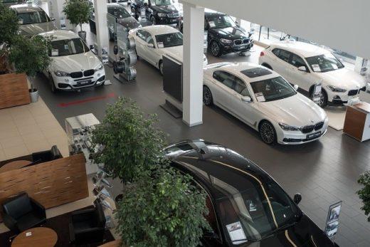 709e9e97a29e2927cc65ca18137c23cf 520x347 - Продажи автомобилей премиум-сегмента в октябре выросли на 9%