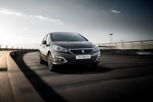 7159b0bcce27139ccdbf2d5d928e1c96 520x347 - Седаны Peugeot 408 и Citroen C4 Седан стали дешевле в России