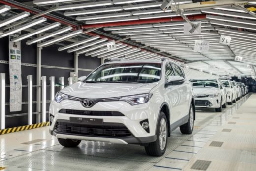 739564a0a3b58a91002332ab8c2ba363 520x347 - Петербургский завод Toyota уходит на летние каникулы