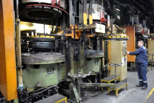 7f895b8a096651ee232a55decd710bf2 520x347 - «Ростех» и Pirelli реорганизовали производство на заводах СП