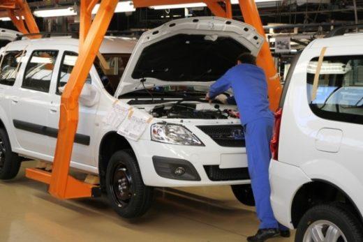80d617af3559623b2bf31224c6c3da50 520x347 - Выпуск легковых машин в марте вырос на 3%