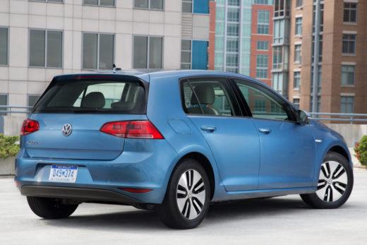 8b131c9db95b89aca406465d1ee2fb0f 520x347 - Volkswagen отзывает в США около 5,6 тысячи электромобилей e-Golf из-за проблем с батареей