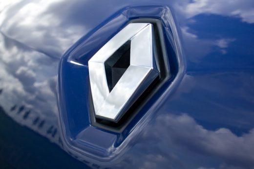 8c296293c788357605029c122ed03635 520x347 - Правительство Франции сократило участие в капитале Renault