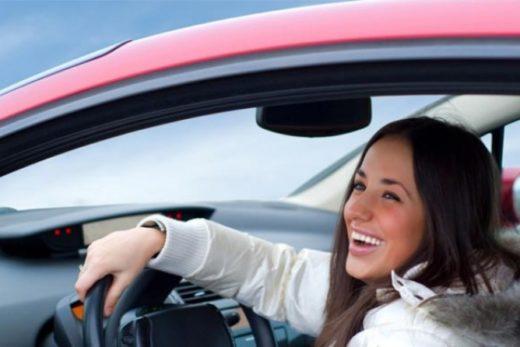 8f09d6c3e6132a180c31fabdf744eb6d 520x347 - Женщины больше предпочитают тест-драйв автомобиля