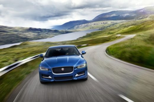 91a2805534cf071076cf96ea5f51854b 520x347 - Обновленный Jaguar XE доступен для заказа в России