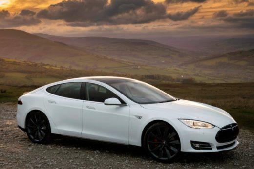 92c383d23cf6f0dc68ee252ccb13a735 520x347 - Продажи электромобилей Tesla в России за год упали на треть