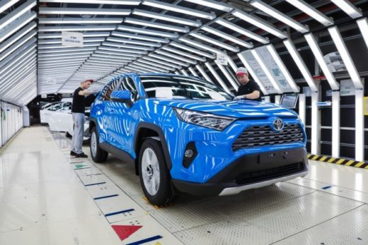 9ee24d70db3a81f90433474da01d7cce 520x347 - Петербургский завод Toyota идет на новый рекорд