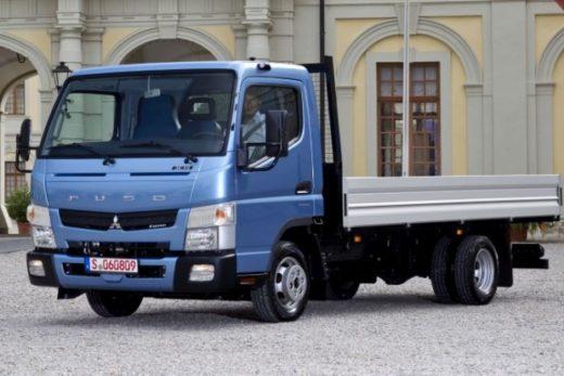 a968707dd1cc8aab60e9b38578fd1342 520x347 - Новый грузовик Mitsubishi Fuso Canter появится в России в 2018 году