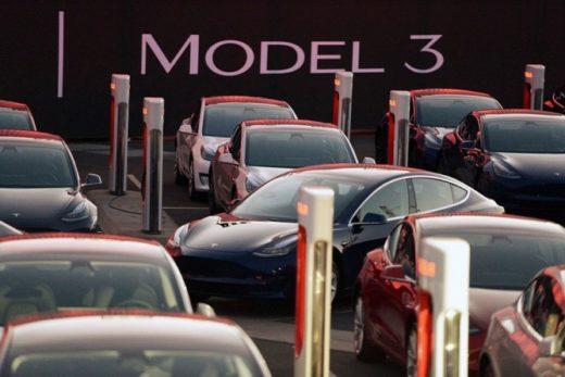 a9ea556d794051e9b6fb51254d36e184 520x347 - Tesla начала продажи массового электромобиля Model 3