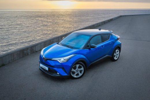 ad757eab83a5292c92ffbc4392fd37da 520x347 - За первый месяц продажи Toyota C-HR в России составили 153 экземпляра