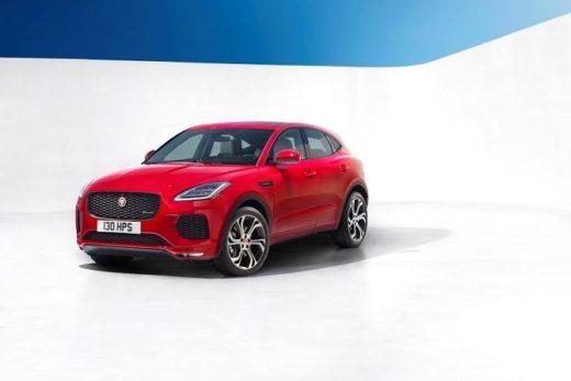 af4c2e8e310554d36655fa578c409c29 520x347 - Новый кроссовер Jaguar E-PACE будет стоить от 2 455 000 рублей