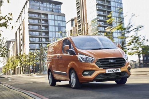 b8b4fed5de922cb6b20fe3b11cb46c34 520x347 - Ford представил новый фургон Transit Custom