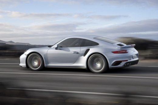 b91470a356d2feacc6231944a6178482 520x347 - Porsche отзывает в России автомобили Porsche 911 Carrera