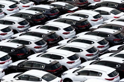 befad23d3762b1839e919640f1c55f1c 520x347 - В РФ растут продажи автомобилей с двигателями объемом до 1,4 л и от 2 до 2,5 л
