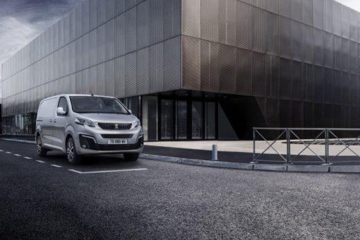 c1d4c65c8e156a887d346e33e7cbdf73 520x347 - Новый Peugeot Expert появится на российском рынке в 2017 году